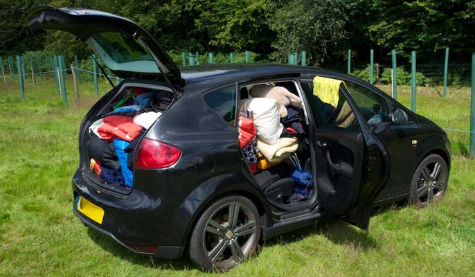 what to take to uni - fully packed car
