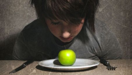 dealing with the daily battles of anorexia