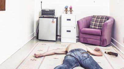 student starting university collapse in university room